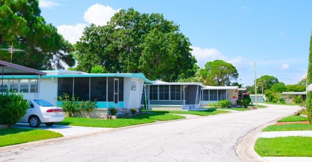 Homes In A Mobile Home Park In Florida